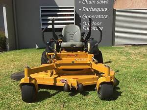 USED HUSTLER SUPER Z ZERO TURN MOWER North Richmond Hawkesbury Area Preview