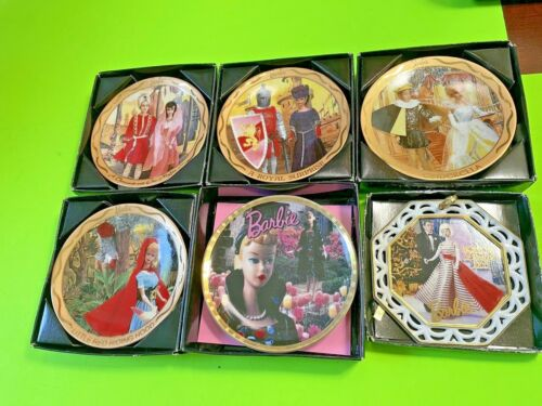 5 Barbie Vintage Enesco collectible plates from Barbie with Love-1990