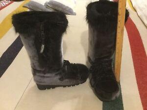 Genuine Sealskin Nakiuk Boots