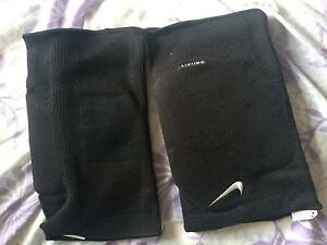 Nike kneepads