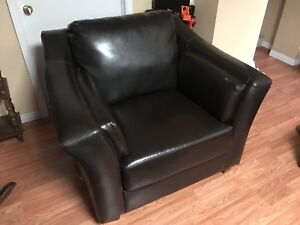 Expresso brown arm chair - bonded leather