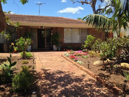 Beautiful and Spacious 3x1 Family Home AVAILABLE NOW! Wanneroo Wanneroo Area Preview