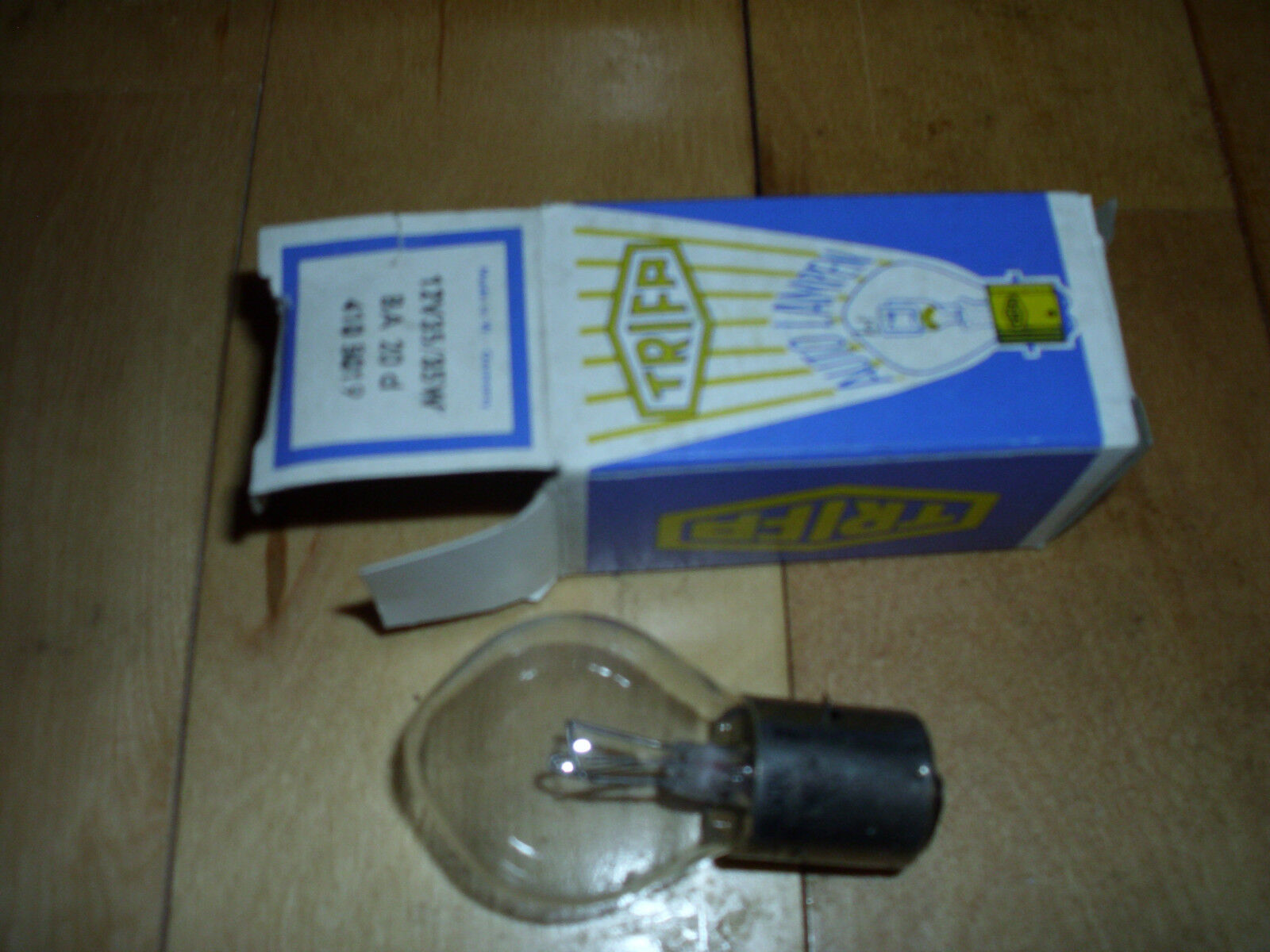 Vintage Snowmobile Ski Doo 12 Volt 35/35 Watt Head Light Bulb NEW OEM 410501900