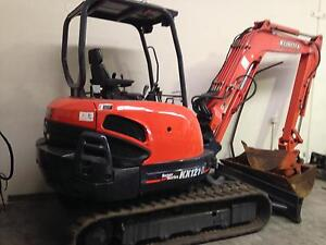4.8 ton Kubota excavator with rubber tracks Burleigh Heads Gold Coast South Preview