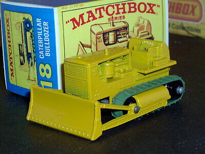 Matchbox Lesney Caterpillar Bulldozer 18 d2 repl treads SC11 EX/NM crafted box