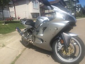 2006 Kawaski ZZR600 for sale