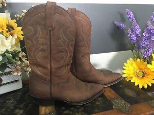 Ladies Pistolero Boots EUC