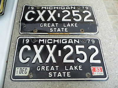 Vintage Matched Pair of 1979 Michigan License Plates – CXX-252