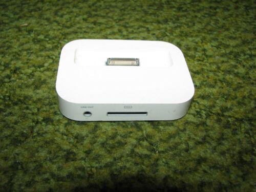 APPLE ipod desktop dock/ charger 2003