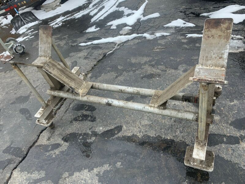 ALUMINUM MATERIAL HANDLING CART ON WHEELS - USED