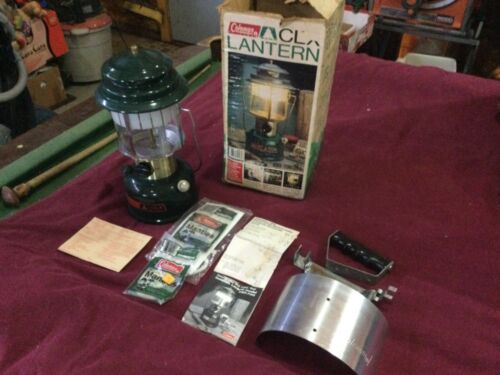 1984 NEVER FIRED! Coleman CLX Lantern dual mantle with box, globe & reflector
