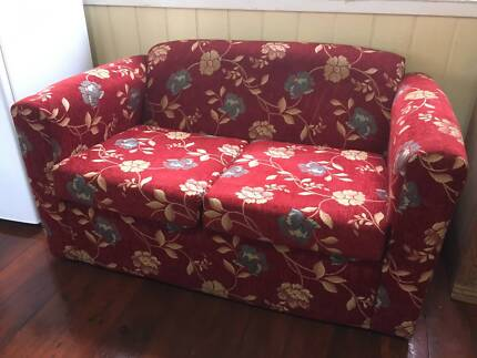 2 SEATER RED COUCH SOFA