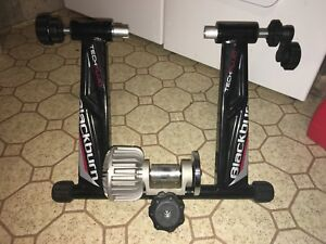 Blackburn techfluid Bike trainer wih trainer wheel