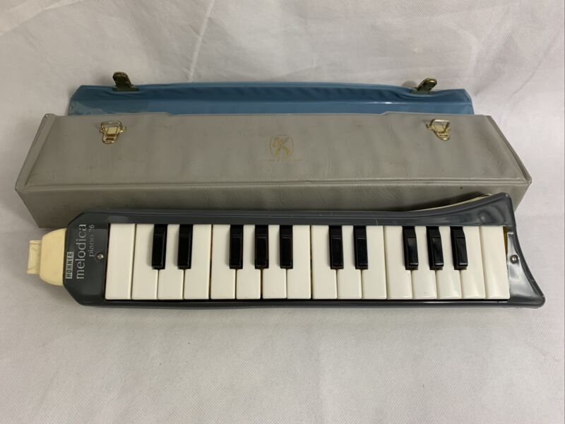 Vintage Hohner Melodica Piano 26 In Carry Case Vintage Wind Instrument