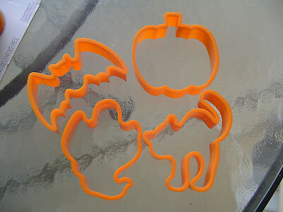Vintage Halloween Cookie Biscuit Cutters Bat Cat Pumpkin Ghost