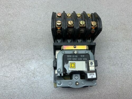 USED SQUARE D CONTACTOR 8903 L020