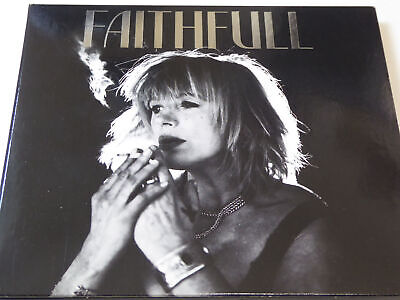 Marianne Faithful im radio-today - Shop