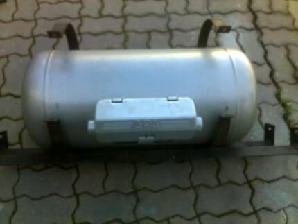 LPG Tank with mounting bracket. Wanneroo Wanneroo Area Preview