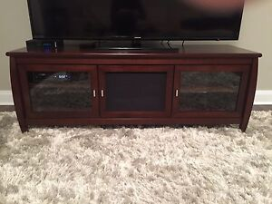 TV stand - New