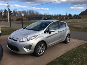 2011 Ford Fiesta SES excellent condition