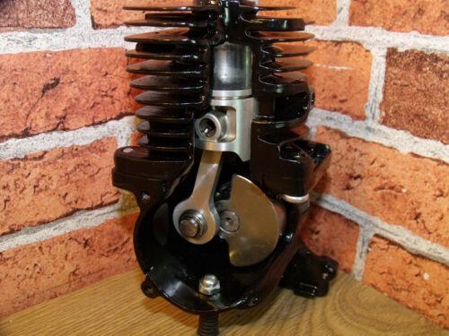 Display Engine, Cut away Engine, Sectioned Engine, Desk toy, 2 Stroke Engine.