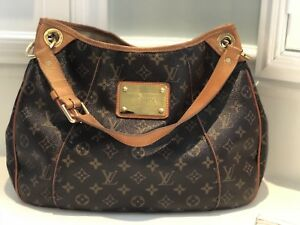Loius Viiton Womens Bag- Pre Owned