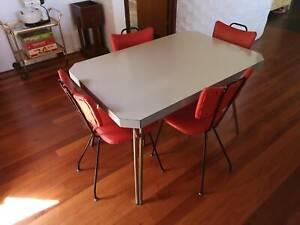 1960s Retro 5 Piece Dining Suite