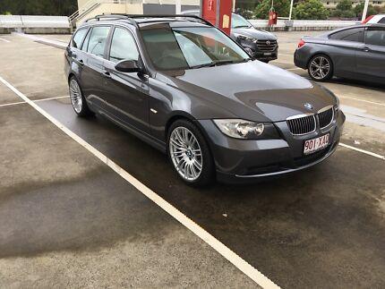 BMW e91 323i wagon/ touring