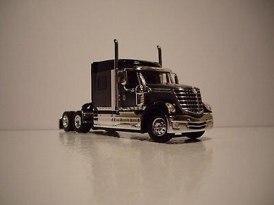 Dcp 1 64 Gray And Black International Lonestar With Mid Roof Sleeper