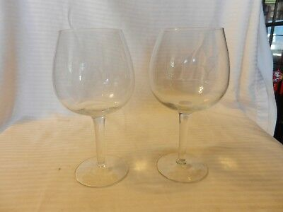 Pair of Clear Wine Glasses with Etched Initials ILY 7.125