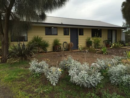 Near New Beach Cottage Narrawong Glenelg Area Preview