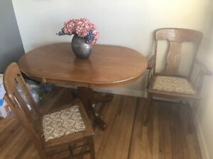 Dining room table, 6 oak chairs (antiques I believe)