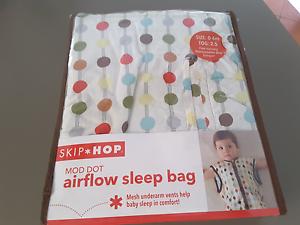 Skip Hop Mod Dot Airflow Sleep Bag 0-6mth  Tog 2.5  NEW Huntingdale Gosnells Area Preview