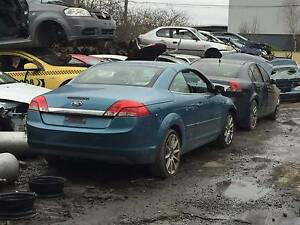 WRECKING FORD LS LT FOCUS CABRIOLET FOR PARTS FORD FOCUS PARTS
