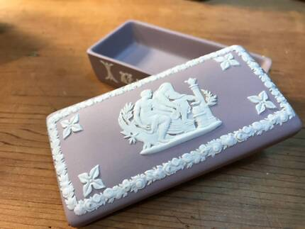 Vintage English Wedgwood Jasperware Lilac Lidded Trinket Box Thornleigh Hornsby Area Preview