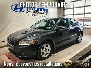Volvo S40 + TOIT + BLUETOOTH + CUIR + MAGS + WOW !