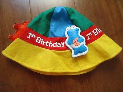Carlton Cards Sesame Street Felt 1ST Birthday Hat Elmo Cookie Monster Big Bird