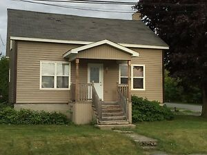 completely renovated riverdale Cornwall Ontario image 1