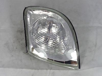 GENUINE HYUNDAI Trajet (2000-) Front Turn Signal Lamp Indicator, LH - 923013A510