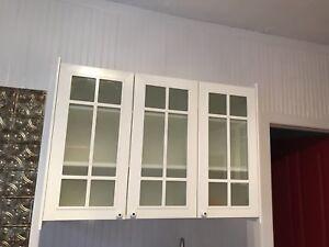 Cabinets de cuisine blanc