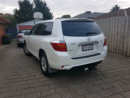 Toyota Kluger four-wheel drive V6 2010 half price real quick sale