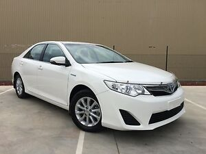 02/2014 Toyota Camry AVV50R Hybrid H White Automatic Campbellfield Hume Area Preview
