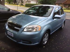 2011 CHEVROLET AVEO LT 4p **** AUTOM. + A/C + 71,000 KM  ****