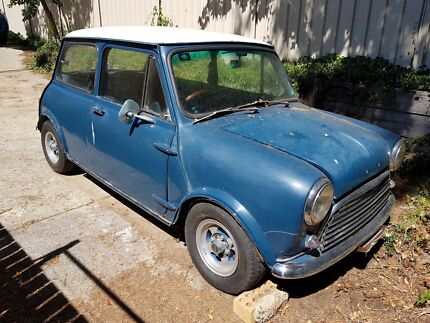 Morris Mini Deluxe. For restoration.