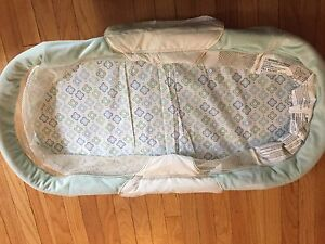 Collapsible side sleeper