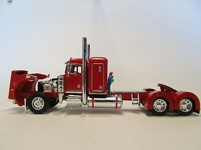 DCP FIRST GEAR 1/64 SCALE 359 PETERBILT SMALL BUNK, RED & CHROME 2