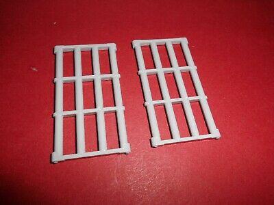 Lego (92589) 2 Gitter 1x4x6, in hellgrau aus - Ninja Tur