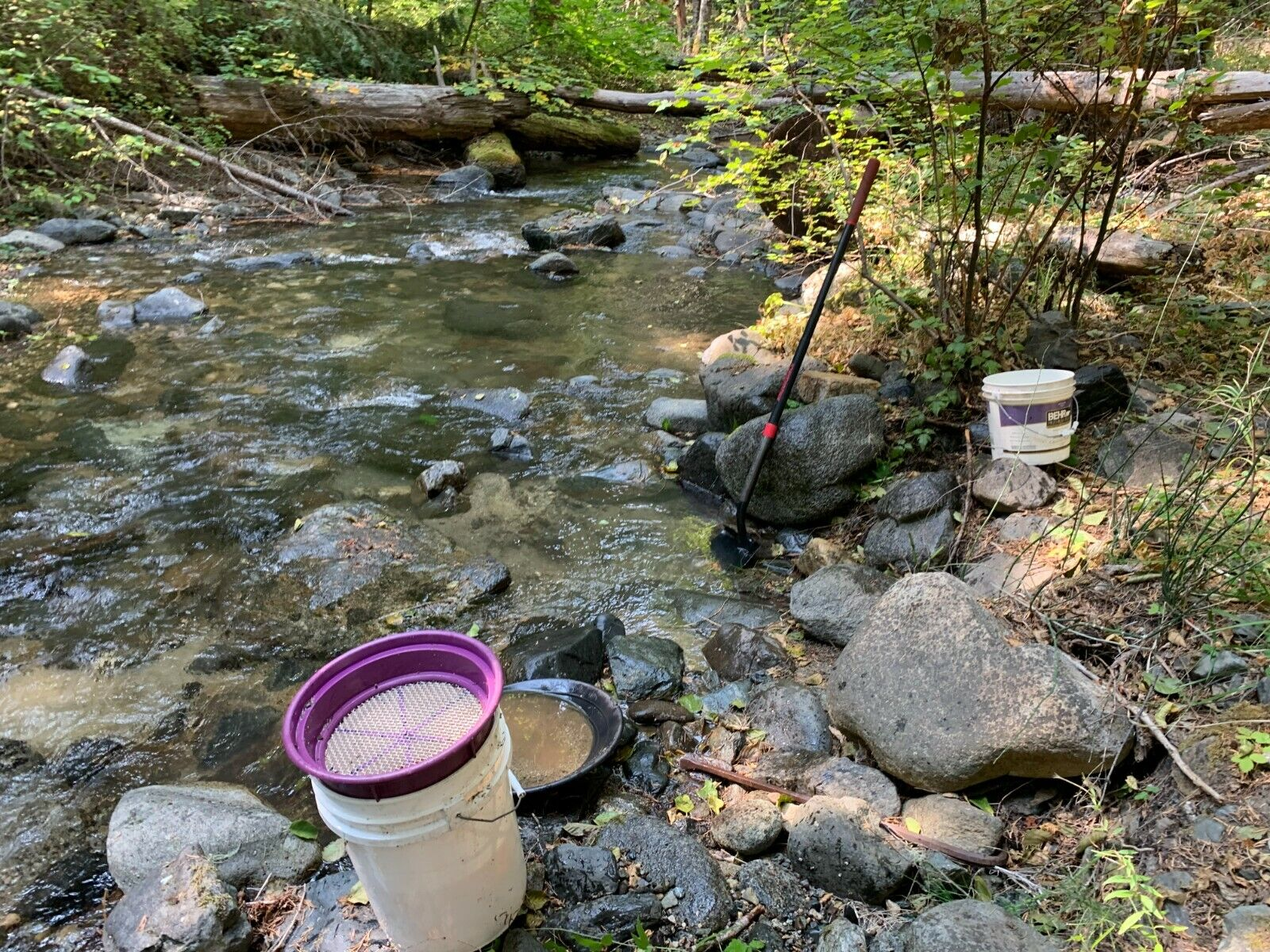 20 ACRE RECREATIONAL UNPATENTED PLACER GOLD MINING CLAIM - SOUTHERN OREGON - $1,775.00