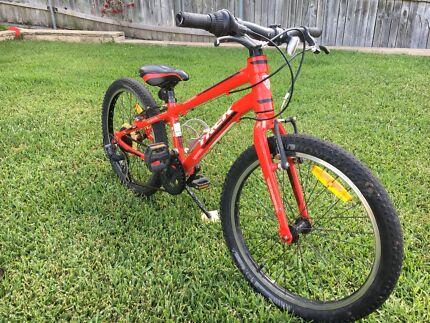 Trek Superfly Dual Suspension Mountain Bike Men S Bicycles