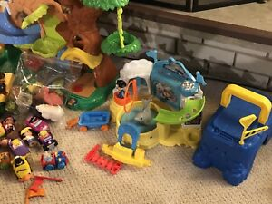 Lot of fisher price little people